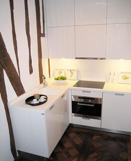 """挤""""出庖厨空间 白色简约小厨房设计"""