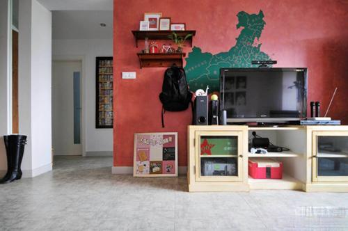 客厅电视背景墙 带你领略潮流时尚美