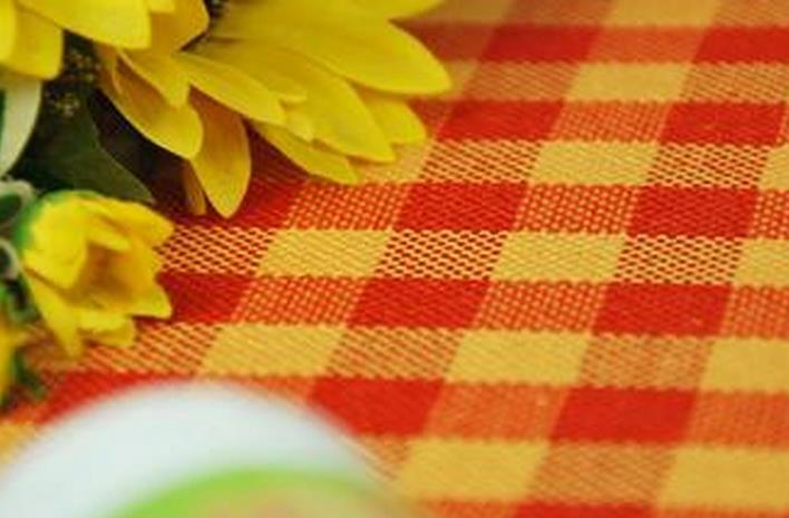 软装搭配:餐桌上的风景 桌布搭配妙招